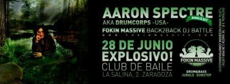 Aaron Spectre en Explosivo Club de Baile