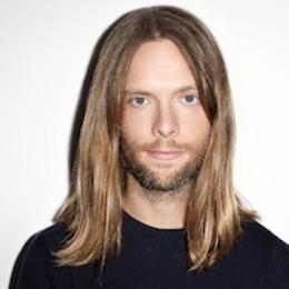 5 de octubre de 1978 james valentine efemeride zgz conciertos. Black Bedroom Furniture Sets. Home Design Ideas