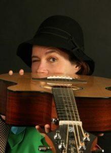 La guitarra de Raquel - Infantil - @ CENTRO JOAQUÍN RONCAL