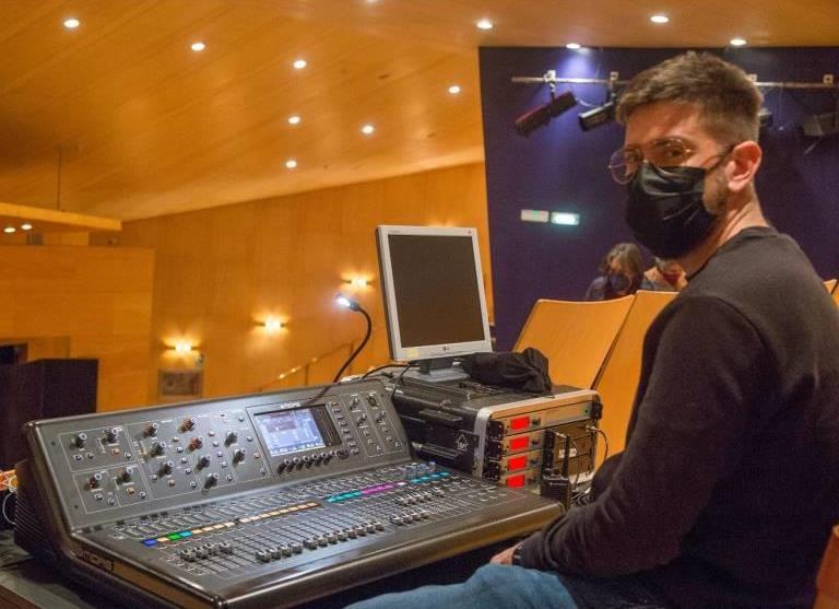 Adrian Alquezar Técnico de Sonido en Directo